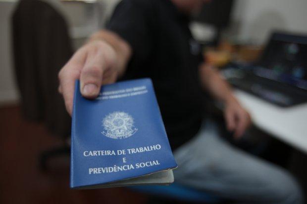 Santa Catarina gera 49,8 mil empregos formais no primeiro semestre