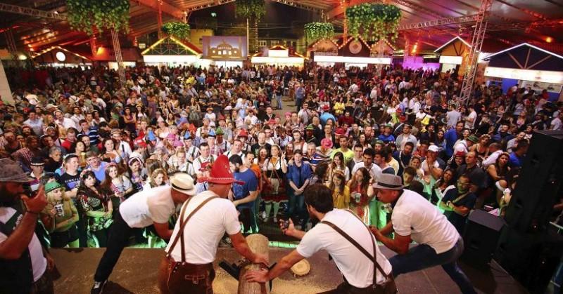 Blumenau adia a Oktoberfest. Fenarreco não está confirmada