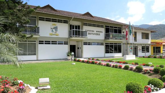 Prefeitura de Botuverá é fechada até o dia 20 para desinfecção